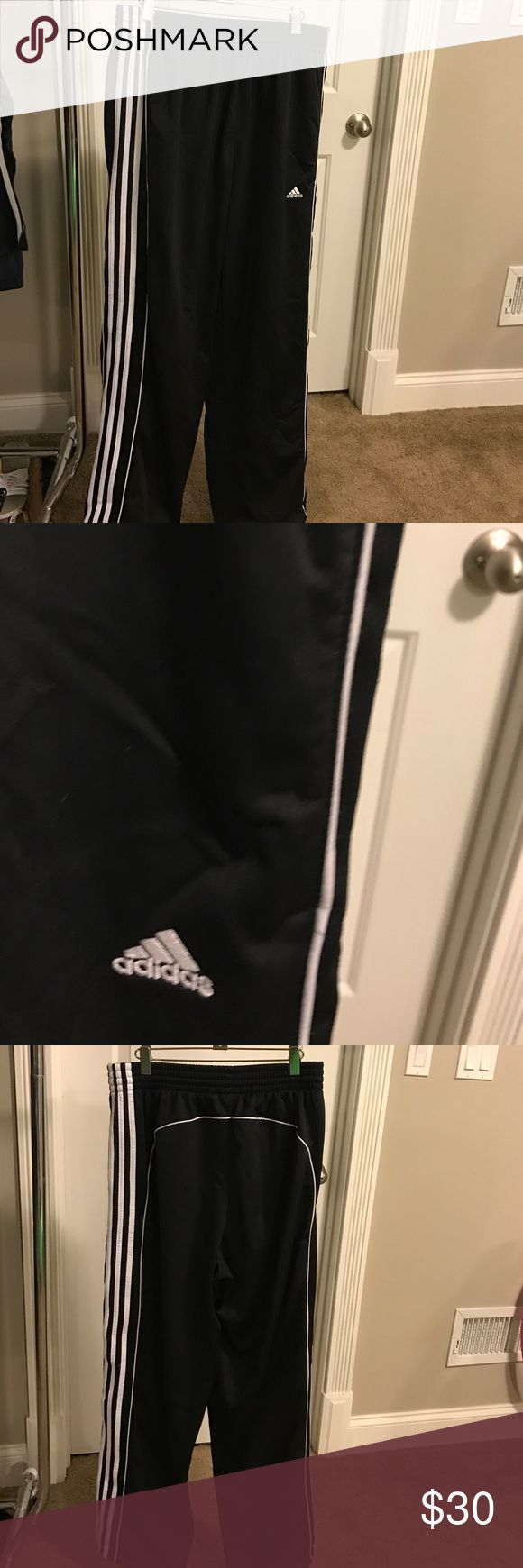 "Men's Adidas sweatpants!! Men's Adidas classic adidas sweatpants!! Like New!!! Inseam is 32"". Thicker material Adidas Pants Sweatpants & Joggers"