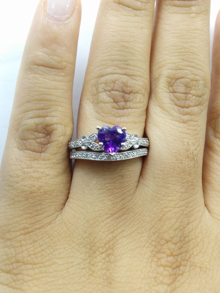 Heart Butterfly Vintage Engagement Ring & Matching Wedding Band