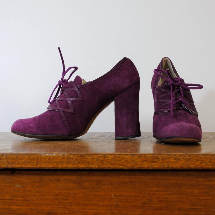 vintage shoes / lace up oxfords / purple suede  (size 6). $35.00, via Etsy.