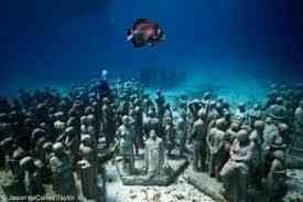 Το υποβρύχιο μουσείο με τα...αγάλματα!