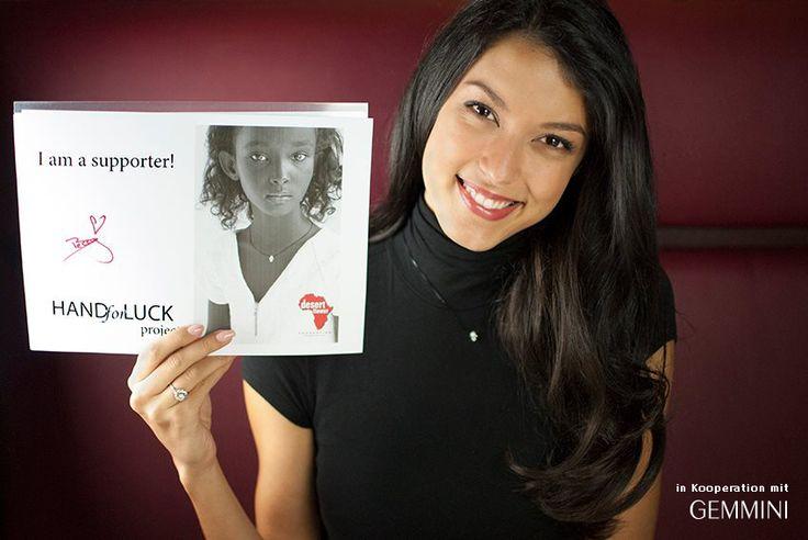 """Vielen Dank #Rebecca_Mir dass du unsere Kampagne """"Rette eine kleine Wüstenblume"""" unterstützt!   Bitte helfen auch Sie uns dabei, noch mehr kleine Wüstenblumen vor FGM zu retten: http://www.desertflowerfoundation.org/de/ https://www.facebook.com/rebecca.mir.offiziell  #goodwill_ambassadors #SaveALittleDesertFlower"""