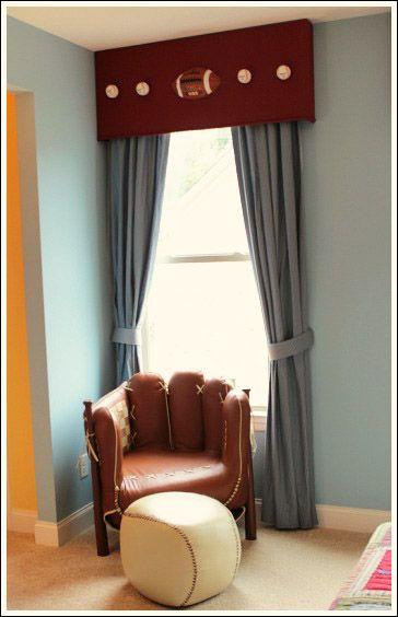 Boys Sports Bedroom Ideas best 25+ sports themed bedrooms ideas on pinterest | sports room