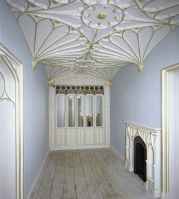 Weldon - Antique scrubbed pine board floor - Victoria and Albert Museum