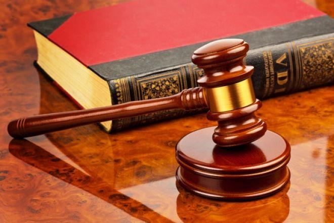¿Qué significa el término Derecho?  En economía, la palabra derecho determina las condiciones de preferencia que tiene un agente frente a un tipo de objeto o inversión.  Te lo contamos todo en el diccionario -> https://www.milprestamos.com/diccionario-economico