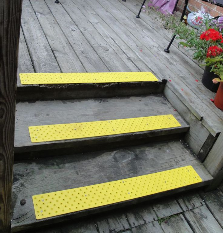 Best Stair Treads For Deck Outdoor Stairs Farmhouse Dining 400 x 300