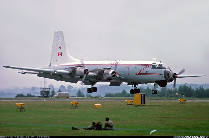 Canadian Air Force, Canadair CP-107 Argus marine reconnaissance aircraft, a the time of her introduction the finest of her type in the world. Based on the super Bristol Britannia, all 33 units made served from 1957 to 1982, which were replaced by the smaller Lockheed CP-140 Aurora (canadian version of the P-3 Orion).