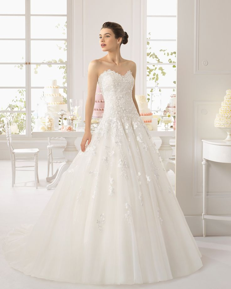 Best 25 wedding photography packages ideas on pinterest for Pre worn wedding dresses