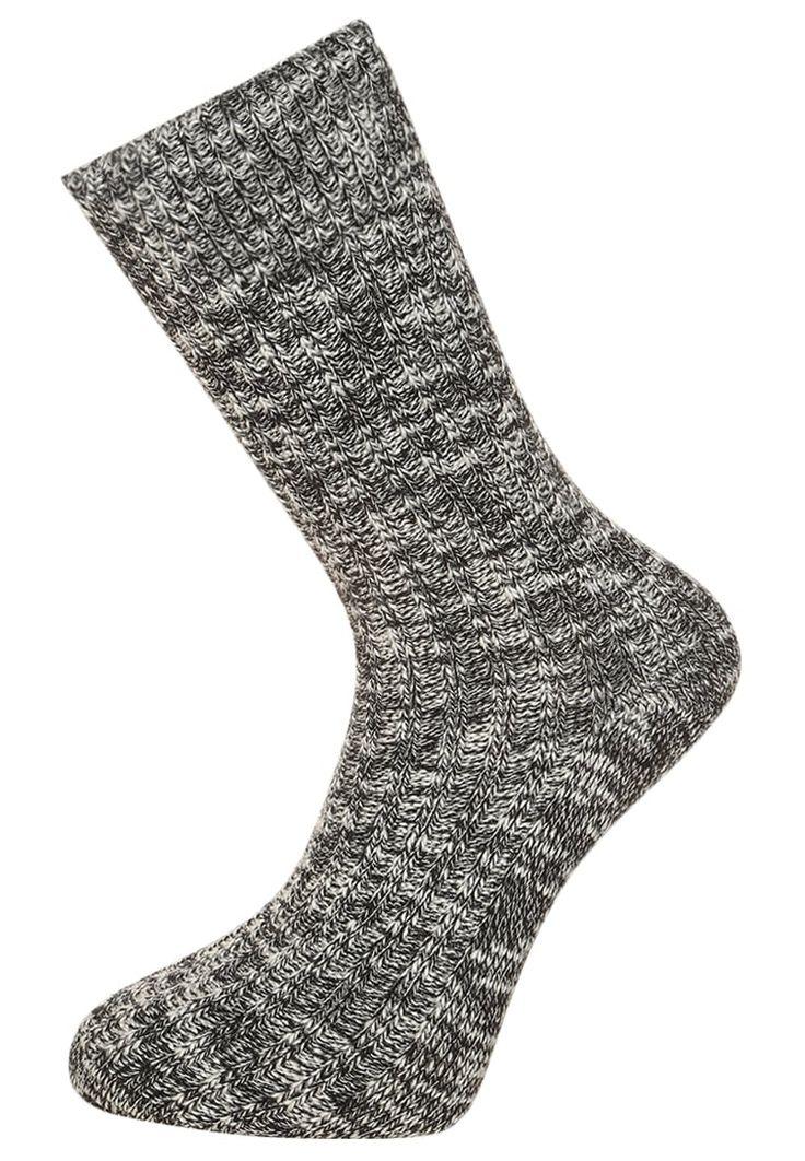 ¡Consigue este tipo de calcetines básicos de Birkenstock ahora! Haz clic para ver los detalles. Envíos gratis a toda España. Birkenstock FASHION SLUB Calcetines black/gray: Birkenstock FASHION SLUB Calcetines black/gray Ropa     Material exterior: 94% algodón, 4% poliamida, 2% elastano   Ropa ¡Haz tu pedido   y disfruta de gastos de enví-o gratuitos! (calcetines básicos, socks, sock, basic, basico, basica, básico, basicos, casual, clasica, clasicas, clásicas, clásica, básicos, bá...