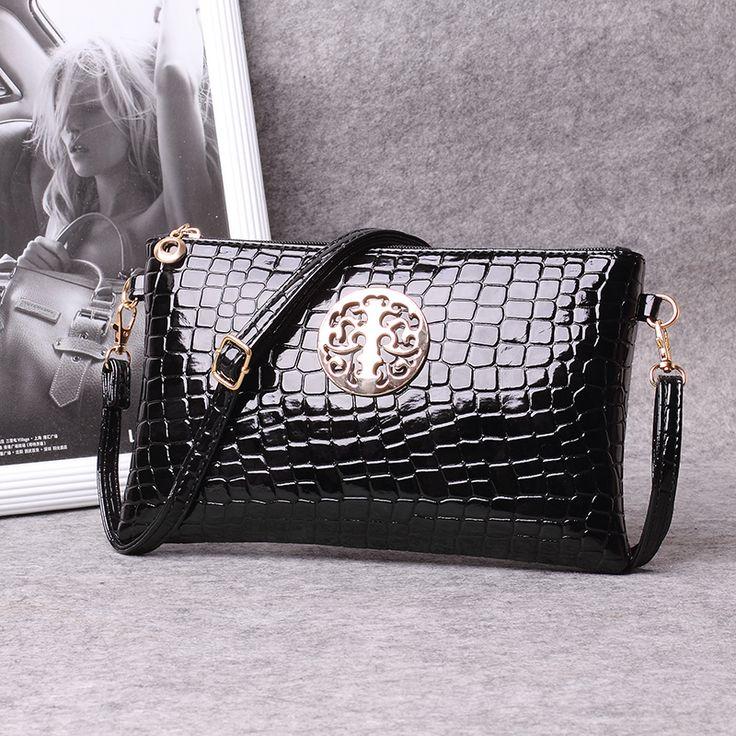 Day clutch female 2015 summer for Crocodile women's handbag messenger bag small bag messenger bag bags -  http://ht.ly/YLVBp
