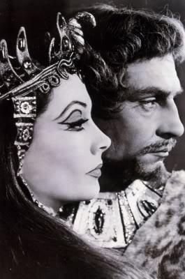 1955 - 'Macbeth'  Laurence Olivier & Vivien Leigh as the Macbeths @ the RSC