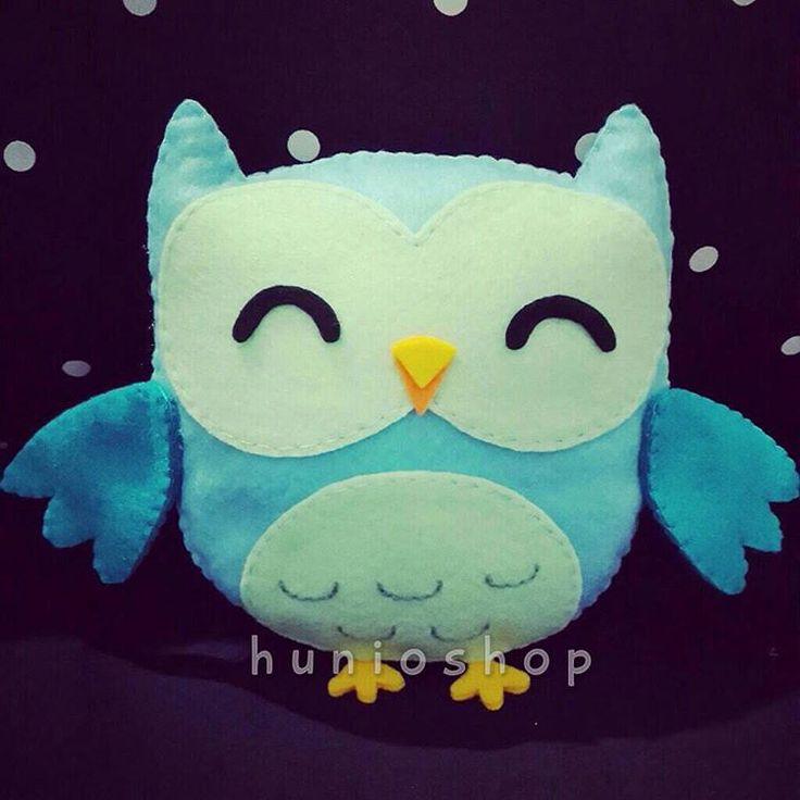 "11 Likes, 7 Comments - Hunioshop (@hunioshop) on Instagram: ""#owl first family. Grab it fast ☺️😘 #feltowl #feltdoll #bonekaflanel #owlcraft #feltcraft…"""