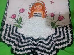 Resultado de imagem para vestido de croche para boneca de pano de prato