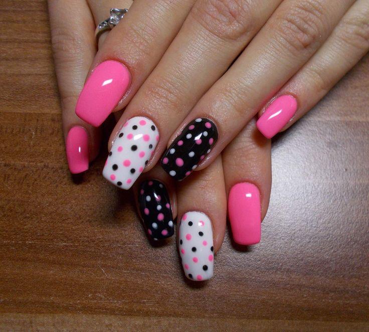 Polka dot nails! cute :)