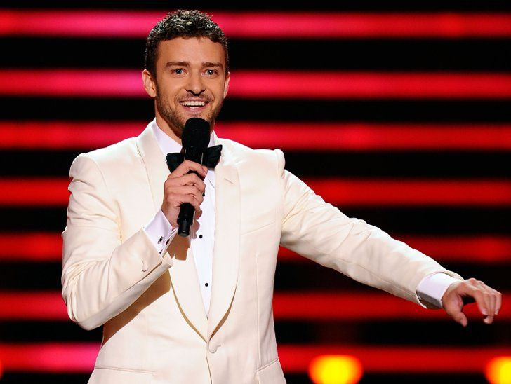 "Pin for Later: 101 Justin Timberlake Moments You'll Never Forget When he suit and tied pre-""Suit & Tie"" to host the 2008 ESPYs."