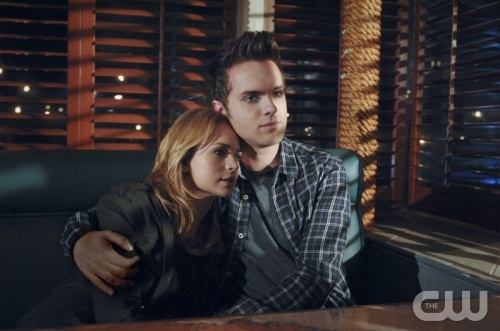"""""""Return"""" -- Pictured (L-R): Britt Robertson as Cassie and Thomas Dekker as Adam in The Secret Circle on The CW. Photo: Sergi Bachlakov/The CW ©2011 The CW Network. All Rights Reserved."""