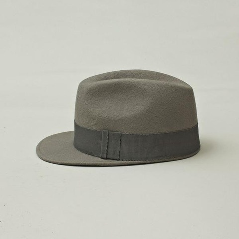 Soulland's famous Adler Fedora is a mix between the classic fedora hat and a baseball cap. Every Adler Fedora is handmade in a small hat factory in Copenhagen.