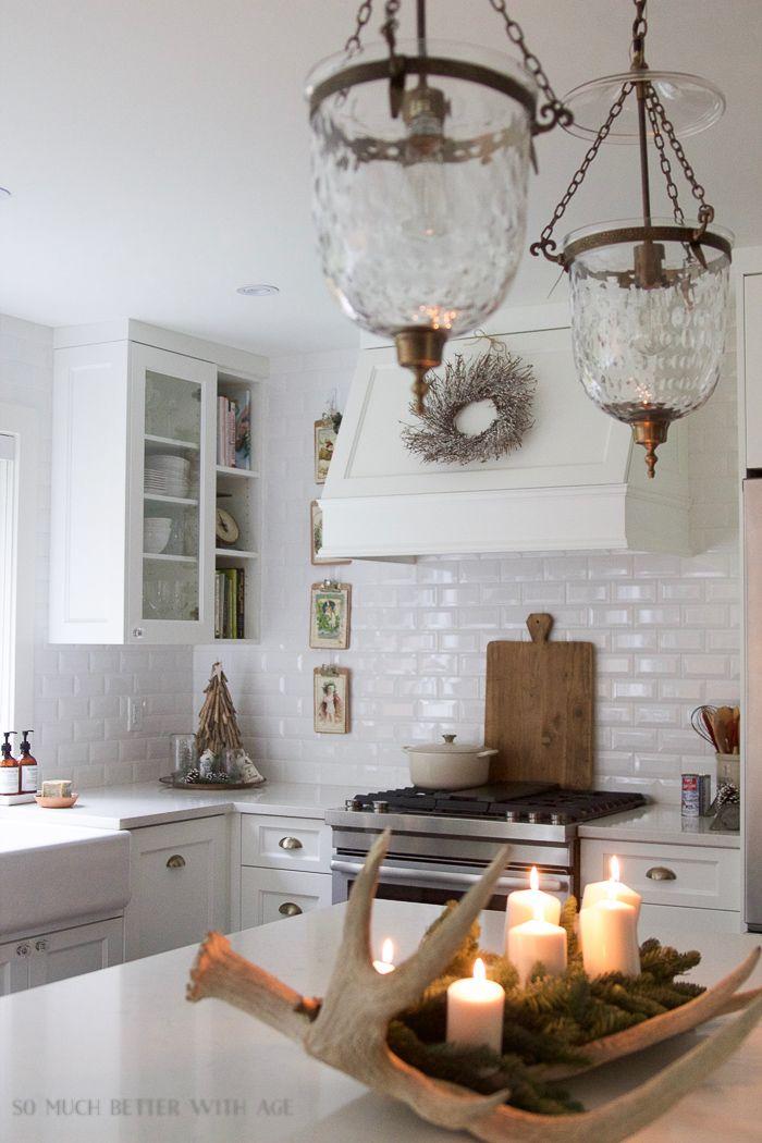Best 25 antler centerpiece ideas on pinterest white for Antler decoration ideas