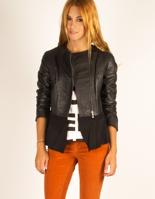 Leather jacket with suede ruffle endings. #toimoi #toimoifashion #fashion #womensfashion #leatherjacket #suede #ruffle