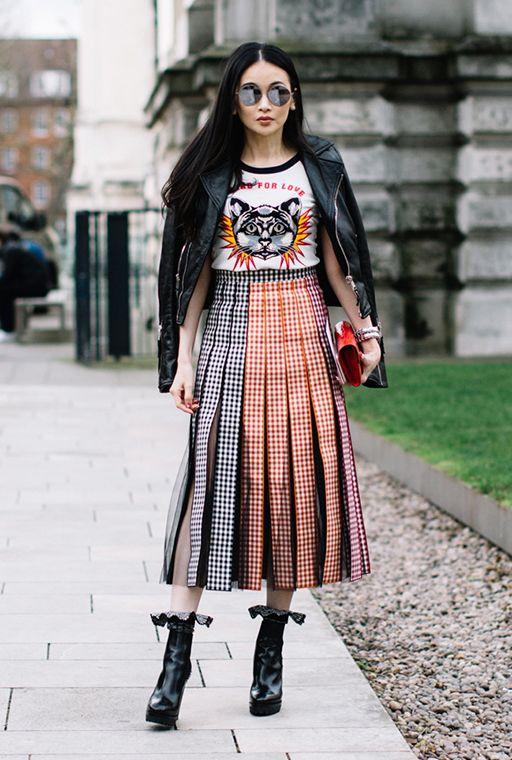 street style / fashion / midi skirt / vintage tee / leather jacket