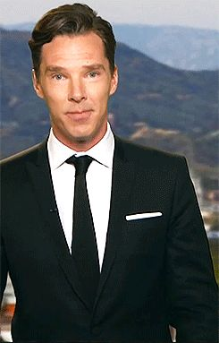 Benedict Cumberbatch kiss gif. Prepare to gasp. Those HANDS!!