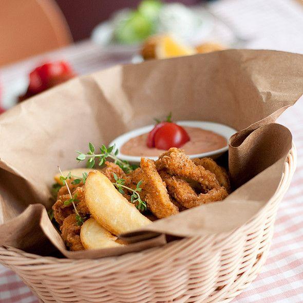 Crispy Chicken In A Basket @ Cafe Mese