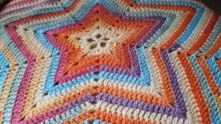 Beautiful Star Pram Blanket - pinned by pin4etsy.com