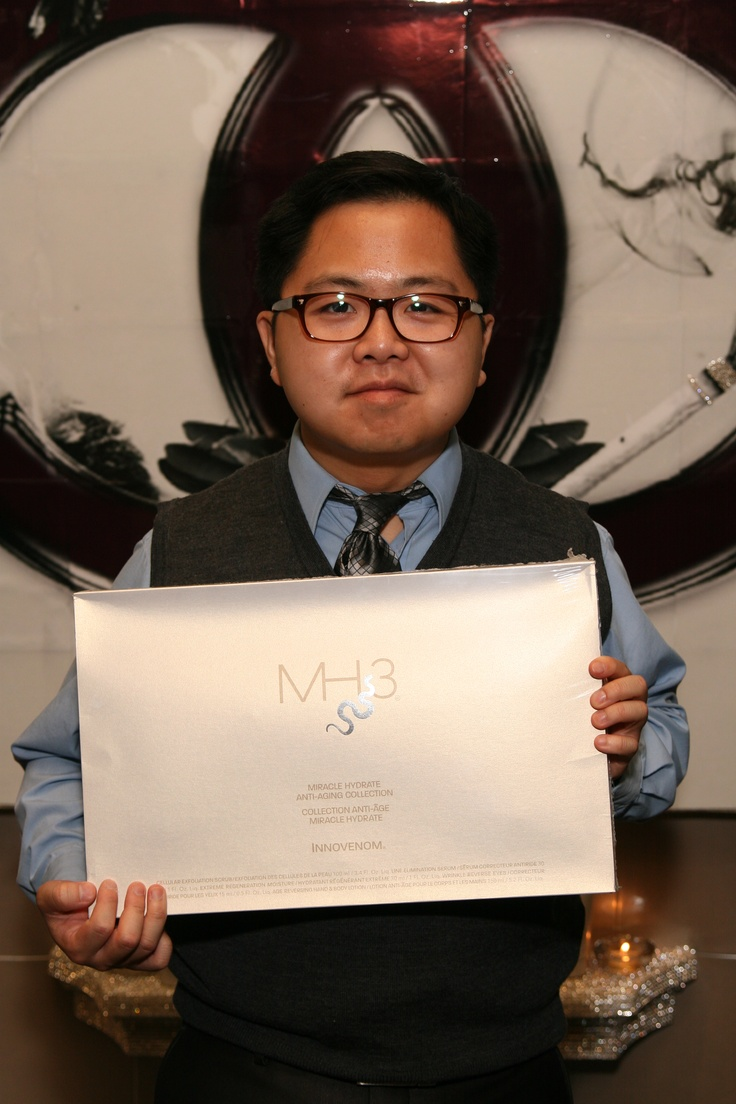 Matthew Moy from No Strings Attached, 2 Broke Girls  with Miracle Hydrate MH3