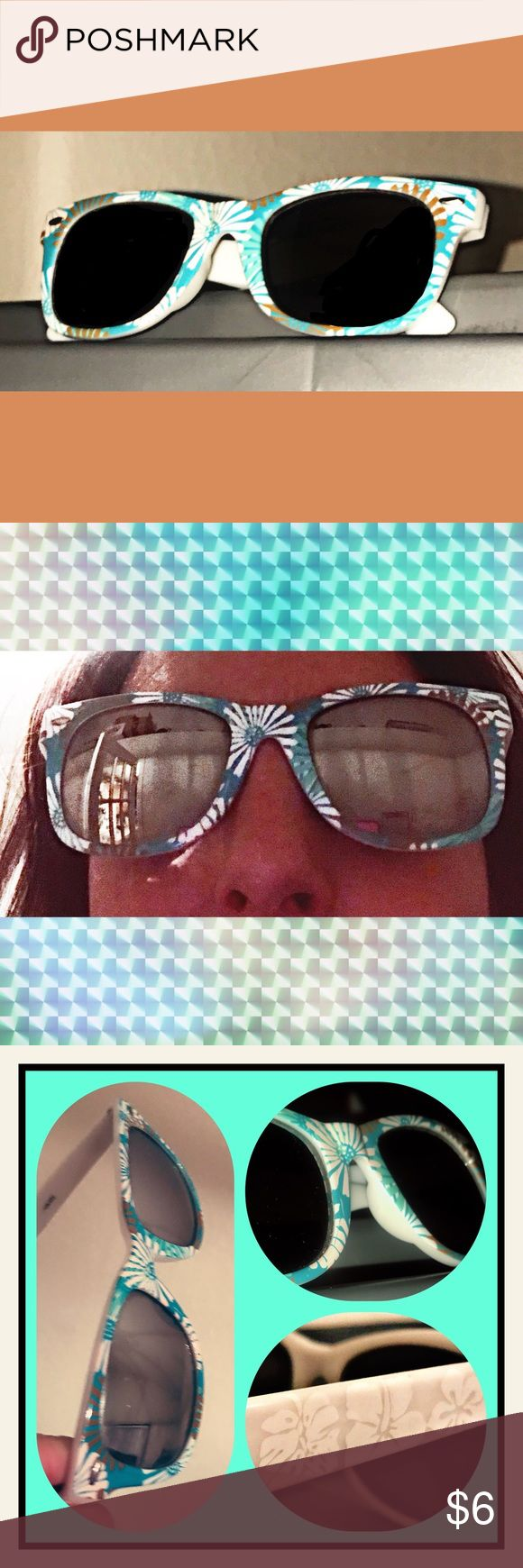 💎NEW 3 for $15!!💎 Eclectic Sunnies Cute drugstore novelty sunglasses with UVA/B protection; Worn on one vacation; Normal wear & tear & in Good Condition; White and Turquoise Colored; 💎3 for $15💎 Accessories Sunglasses