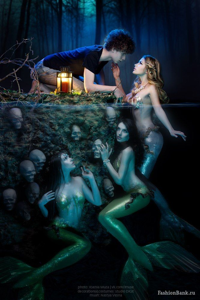 Mermaids.... They call us like Ulysse in the old odyssée they are the part of us in our incousciousness who stick us emotionnaly. Les sirenes un archétype des profondeur. Leur appel est celui de notre inconscient