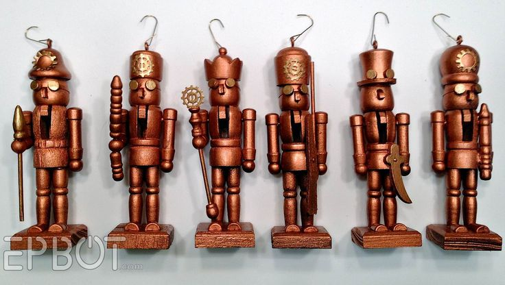 EPBOT: Mini Steampunk Nutcrackers & [sob] Packing Up Christmas