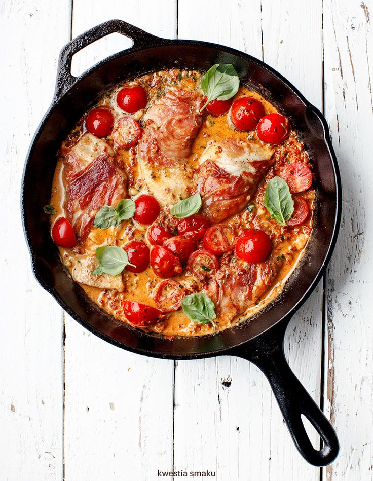 Pan-Fried Chicken Breast Wrapped in Prosciutto in Creamy Red Pesto Sauce