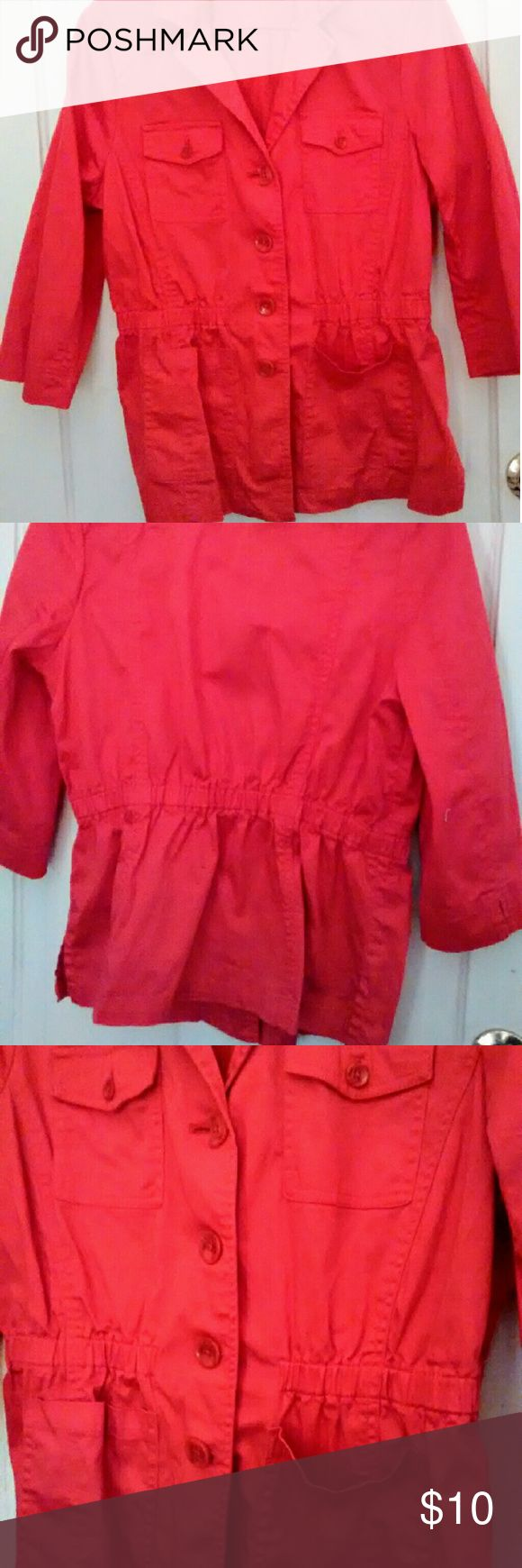 Nice Red Canvas Utility Jacket XL Women's Joan Rivers brand 3/4 sleeve gathered waist button up canvas jacket. Pockets, drawstring waist. One button is broken, but buttons are included. ( Note photo 4) Red, like new!! Women's XL or 14. Joan Rivers Jackets & Coats Utility Jackets
