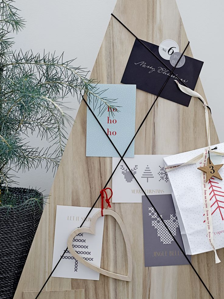 Display all your christmas cards <3 Design by Bloomingville