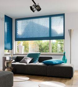 Breng veel licht in huis. Hang gordijnen naast of boven het raam en voorkom dat de stof deels voor het venster hangt.