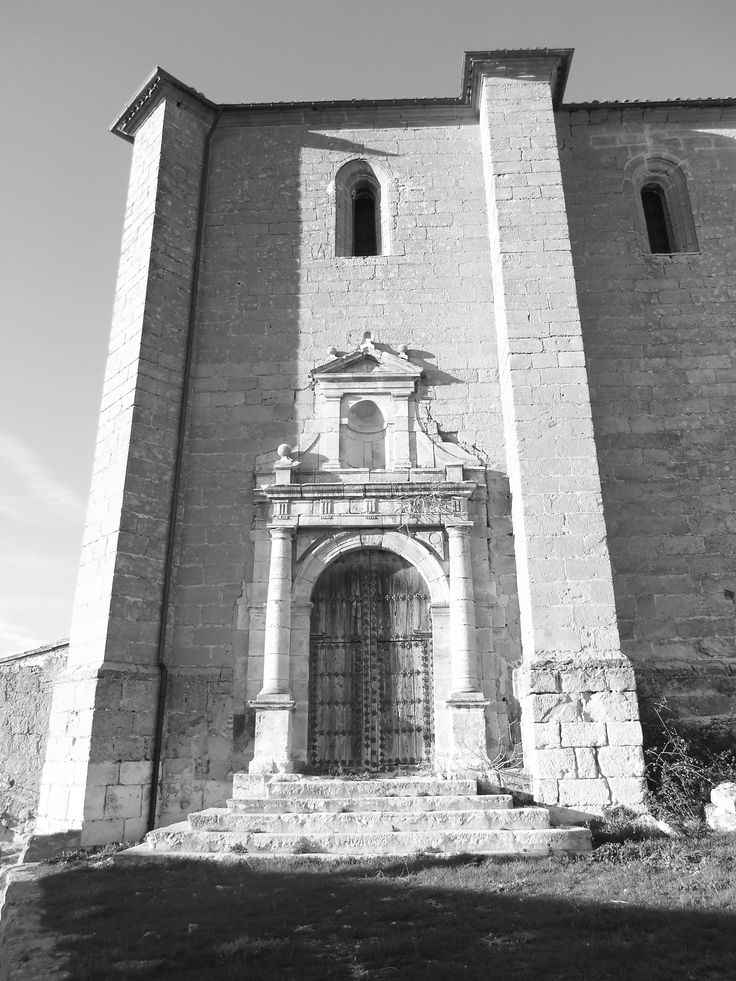 Pórtico de la Iglesia de la Asunción.