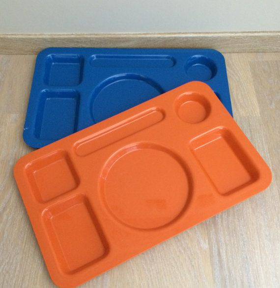 Vintage plastic tray meals. by lifestyle66 on Etsy