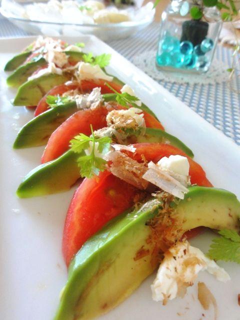 アボカド&トマトのチーズおかかサラダ。   美肌レシピ