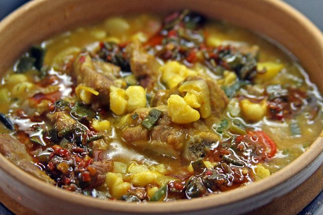 Locro Argentino (Can I eat this like. Argentina Food, Chilean Recipes, Can I Eat, Food Concept, Restaurant Recipes, International Recipes, Tasty Dishes, Street Food, Bon Appetit