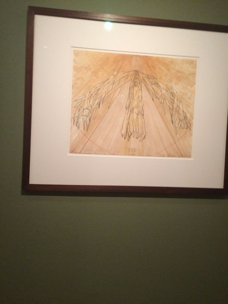 Day 9: Bought tickets online for the Vincent Van Gough museum and saved about 2 hours of lining up. Took some sneaky photos of the art, although I'm not an art fan his paintings are so amazing. Didn't know he painted using like brush strokes to make a whole picture.. 26/6/15