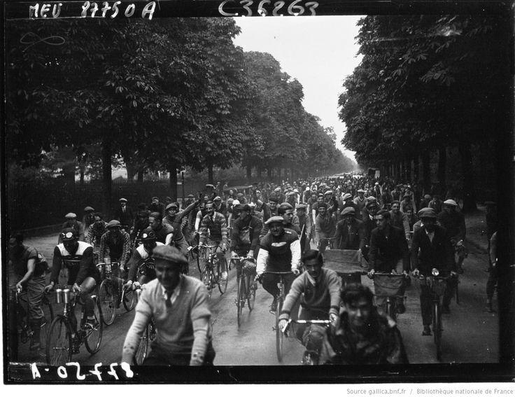 Paris-Brest-Paris, cycliste : au bois ; passage des coureurs : [photographie de presse] / Agence Meurisse | Gallica