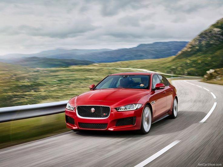 Jaguar-XE_S_2016_front angle