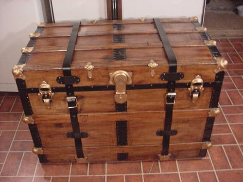 steamer trunk antique chest