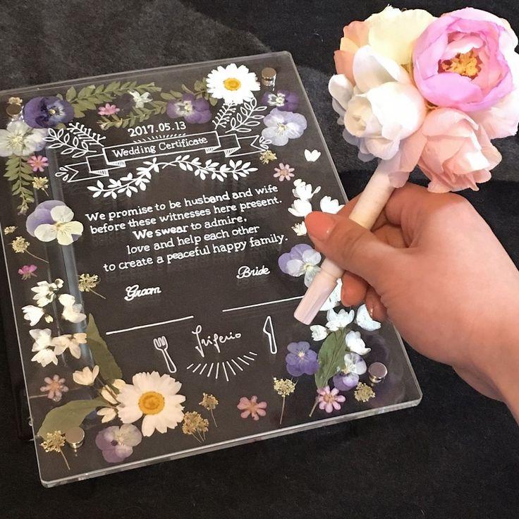 いいね!127件、コメント24件 ― ちづる☺︎25さん(@w.chii0513)のInstagramアカウント: 「. 空いた時間で#花嫁diy  . 結婚証明書にサインする用のペンをアレンジ ガラスに書けるホワイトマーカーです✨ 証明書もこのペンで書きました〜 .…」