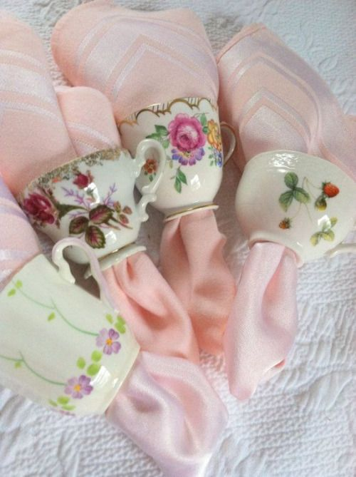 Vintage Demitasse Tea Cup Napkin Rings/Shabby Chic Decor/Cottage Styl…)