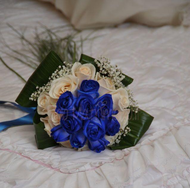 bouquet-da-sposa-con-rose-blu.png (638×630)