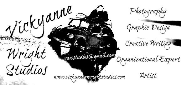 Business Card © Vickyanne Wright Studios