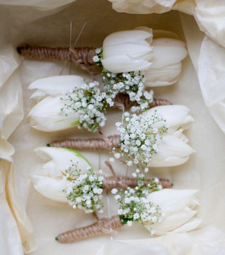 tulip buttonholes