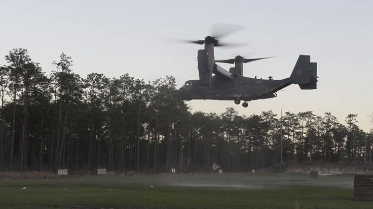 Soldiers from the U.S. Army 7th Special Forces Group practice patrolling, close quarters battle, sensitive site exploitation, and close air support at Eglin Range, Florida at Exercise Emerald Warrior 17.