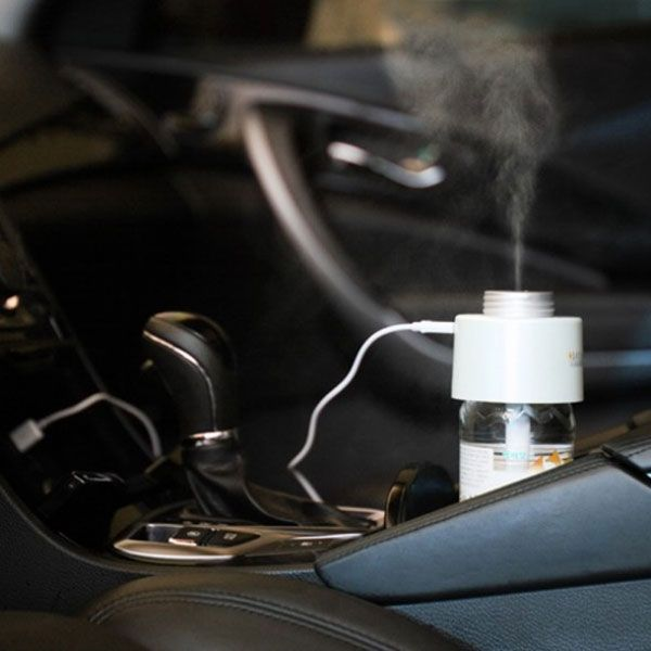 This portable humidifier fits in your bag, and you can even let it work its magic in your car. All you have to do is take the top off a bottle of water, and then screw this humidifier on in place of the bottle top. Through USB, it's able to pull the water out of the bottle, through the filter, and into the air in the form of vaporized water.