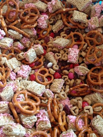 Valentine Snack Mix Valentine Party Ideas Pinterest